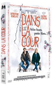 DANS LA COUR DVD