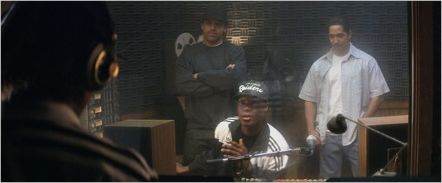 N.W.A Straight Outta Compton 1