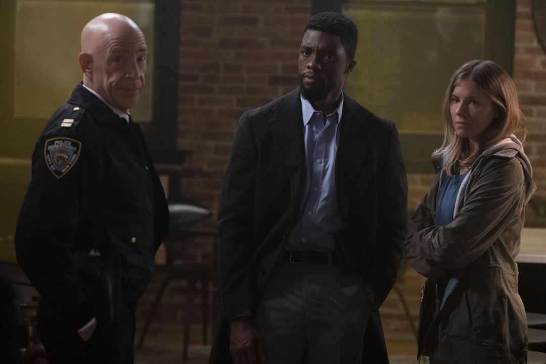 manhattan_lockdown-jksimmons-cliff-and-co.jpg